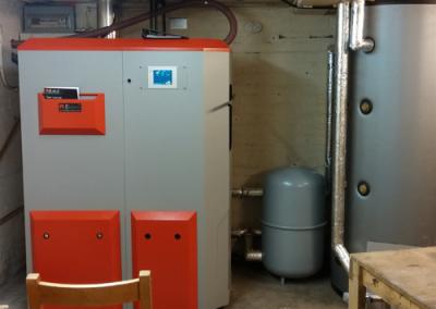 35kW Biotech pellet boiler with buffer tank
